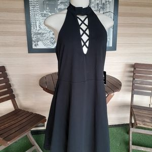 NWT Express Dress size large color black